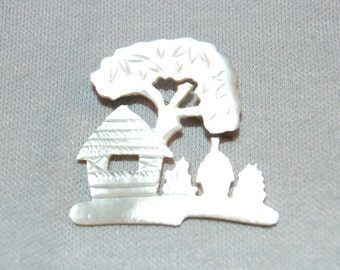Vintage / Antique / Victorian / MOP / C Clasp / Brooch / Mother of Pearl / House / Tree / old jewelry / jewellery