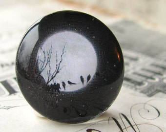 Birds on a wire, full moon, midnight meeting, black white, handmade cabochon, glass cabochon, round 22mm cabochon, flat back image