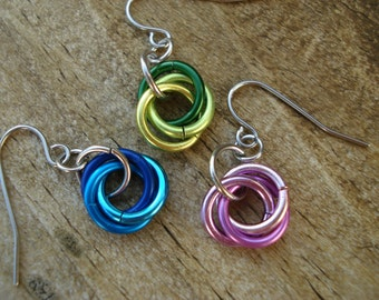 Three intertwined rings Rosette Earrings (your choice of colors)