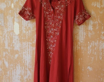 ON SALE Red Indian Tunic • Red Flowy Tunic • Bohemian Tunic Top • Vintage Tunic  • Free Size