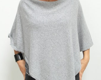 GRAY PONCHO wrap, poncho cape, spring fashion, gift ideas, spring fashion accessories, Light grey poncho, gift ideas, wool poncho WRAP