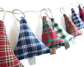 Christmas Bunting - 4, 6 or 8 - Holiday Tree Garland - Rustic Decor Modern Christmas Decorations - Ornaments - Scottish Lumberjack Christmas
