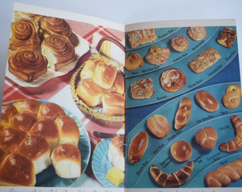 1939 The Art of Making BREAD COOKBOOK MACA Yeast Recipe Booklet Cook Book Pamplet Pastry Roll Dessert Cake Cinnamon Bun Paperback 1930s 40s