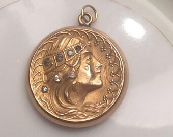 Art Nouveau antique locket lovely gypsy woman