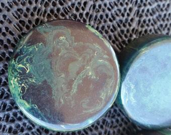 ON SALE Vintage  1930s Bakelite green buttons set of 4