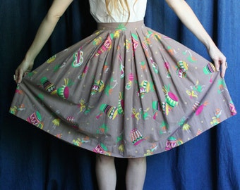 50's Skirt / Novelty Mexican Printed Midi Skirt / Maracas Drums Pals Trees / Dancing People / Guitars / Musicians / Bright Colors Vacation