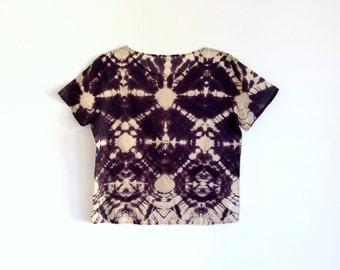 Black and Tan T-shirt in Radial Dye Pattern - M/L