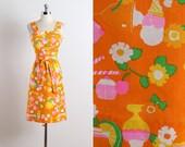 Sweet Treat . vintage 1970s dress . vintage Malia dress . 5639