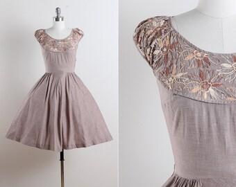 Four Winds . vintage 1950s dress . 50s cotton dress . 5644
