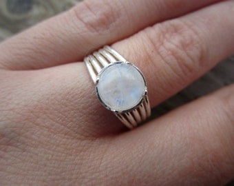 Rainbow Moonstone Silver Ring SIZE 6.75