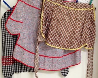 Aprons handcrafted rickrack feedsack vintage set of three