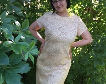 60s Floral Lace Dress Ivory Cocktail Party 1960s Vintage Mann-Mate Plus Size