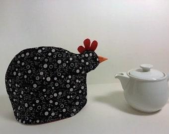 Chicken tea cozy: black vines