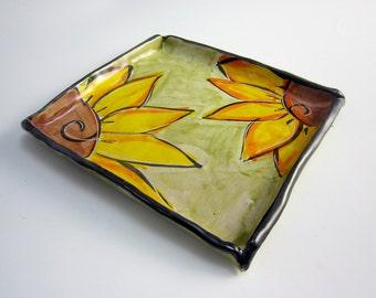 Ceramic Square Plate - Pottery Dish -  Yellow Sunflower - Small Tray - Clay Majolica - Tapas Tray - Appetizer Dish - Sushi Dish - olive Tray