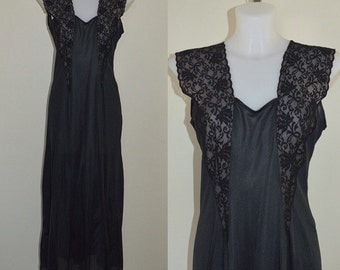 Vintage Black Nightgown, Vintage Nightgown, Undercover Wear, 1980s Nightgown, Nightgown, Black Nightgown, Romantic, Lingerie