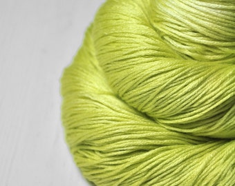 Splitted lime - Silk/Cashmere Lace Yarn