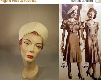 ON SALE 30% OFF Angelic Ivory Halos - Vintage 1930s Ivory Ribbed Rayon Contoured High Peak Turban Hat