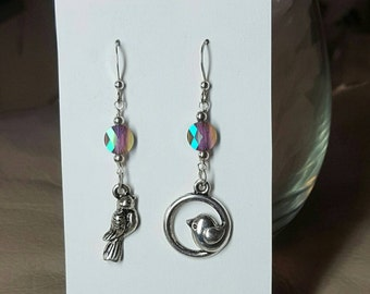 Dangling bird earrings