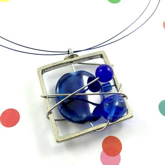 Square metal stainless necklace colors, blue, glass, beads pewter and stainless steel tiger tails, les perles rares