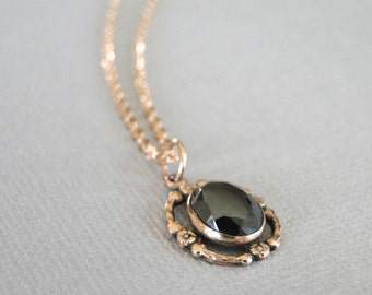 Gemstone Necklace / Gold Obsidian Gemstone Necklace / 14k Gold Necklace / Repousse Gold Pendant Necklace / Gift for Her / Gold Jewelry