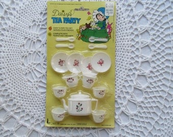 Vintage Dime Store Toy Tea or Coffee Set Small Tiny White Plastic Hong Kong Mini Cups Spoons Plates