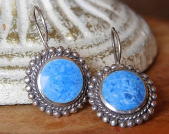 Vintage Southwestern Style Ladies Earrings with Blue and White Jasper Stones