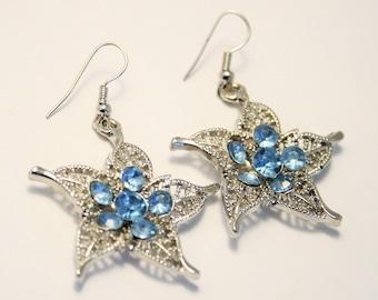 Vintage blue crystal earrings.  Star shaped earrings.
