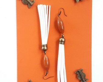 White leather tassel earrings// bohemian statement earrings//carnelian//boho gypsy dangle earrings