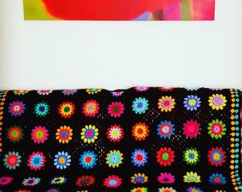 Crochet BLANKET Large Retro Sunburst Granny Squares Afghan 56 x 56