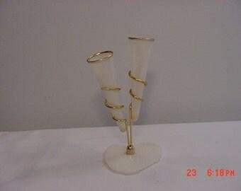 Vintage Retro Plastic Bud Vase    16 - 87