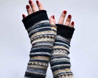 Earth Tones Fingerless Gloves - Pastel Tones Gloves - Merino Wool Fingerless - Long Knitt Gloves - Winter Fashion - Beige Fingerless nO 57.