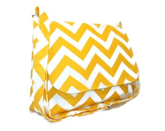 Yellow Chevron Handbag, Women's Messenger Bag, Yellow Chevron Purse, Yellow Zig Zag Crossbody Bag, Fabric Messenger, Cotton Crossbody Bag
