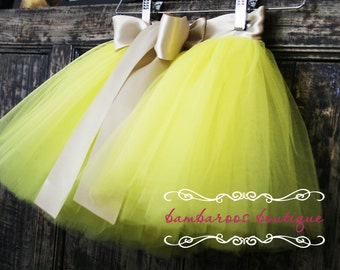 gold baby tutu, yellow tutu for girls,  newborn tutu,  Sewn tutus, Tutus Chic, Newborn photography Props, Christmas  tutu, birthday tutu