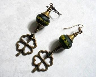 Green St. Patrick's Day Shamrock Earrings (2509)