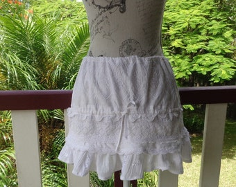 french country mini, white cotton lace skirt, boho, beach, party,ooak,  s