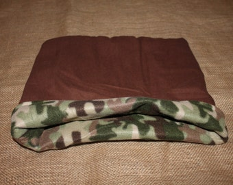 Medium Large Lightweight Fleece Camo pouch for small pets.