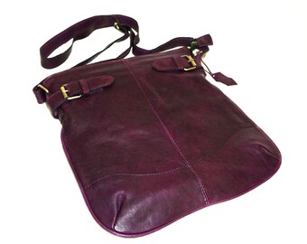 Distressed Deep Purple Genuine Leather Messenger Bag Vidal // Leather Cross-body Bag