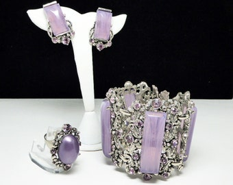 Purple Selro Lucite Set - Bracelet, Earrings & Ring - Three Piece Parure - Silvertone and Lavender Rhinestones - Mid Century 1950s Selini