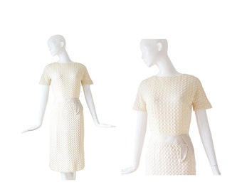 1950s Cream Knit Dress • 50s Sheath Dress • XS / S Small