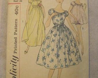 Vintage 1950s Nightie Negligee Bloomers Panties Nightgown Pattern Simplicity 3054 Size 12