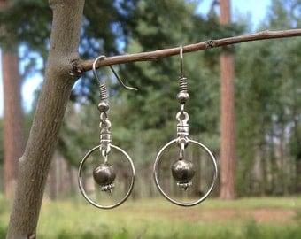 Simple Gunmetal Bead with Hoop Earrings