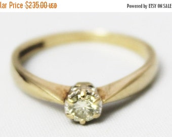 CIJ SALE Vintage Ladies Diamond Solitaire Engagement Ring 0.20ct Wedding Yellow Gold 9ct 9k | FREE Shipping | Size O.5 / 7.5