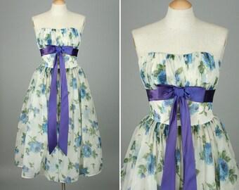 SALE vintage 1950s dress xs • strapless party prom dress BLUE ROSES