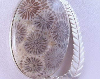 Sale 20 Vintage Polynesian fossil coral petrified coral 925 sterling silver pendant and chain