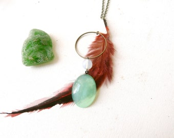 Necklace pendant amulet green and red ( circle, feather, triangle, magic, curse ) 01