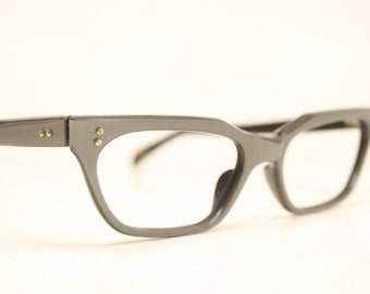 Vintage Eyewear Gray Cat Eye Glasses Unused Cat Eye Eyeglasses