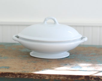 ANTIQUE White Ironstone Tureen with Lid - LARGE - Simple Farmhouse Shape