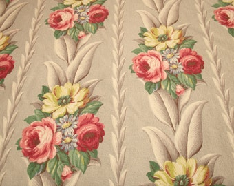 "Dove Gray Glen Court Vintage Barkcloth - 40"" Long x 44"" Wide - 8 Full Bouquets"