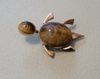 Vintage Sea Turtle Brooch or Pin Accessory Costume Jewelry Gold Tone Metal Tiger Eye 1/20 12 Karat Gold