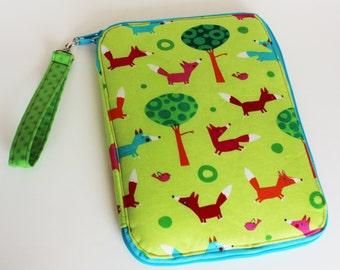 Creative Maker Supply Case - Park Foxes - Robert Kaufman